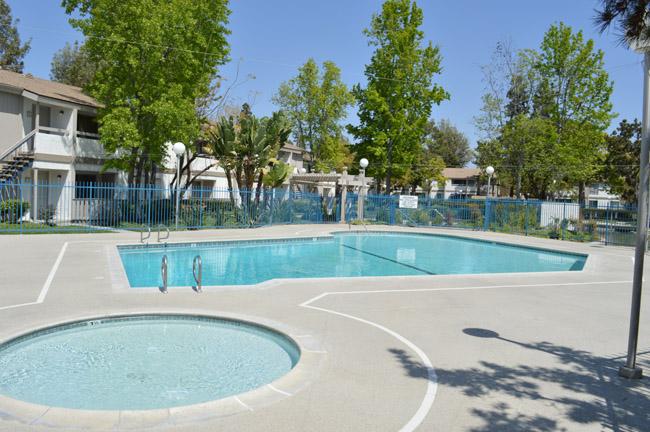 concrete pool decking
