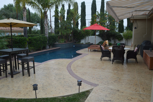 pool deck repair contractor