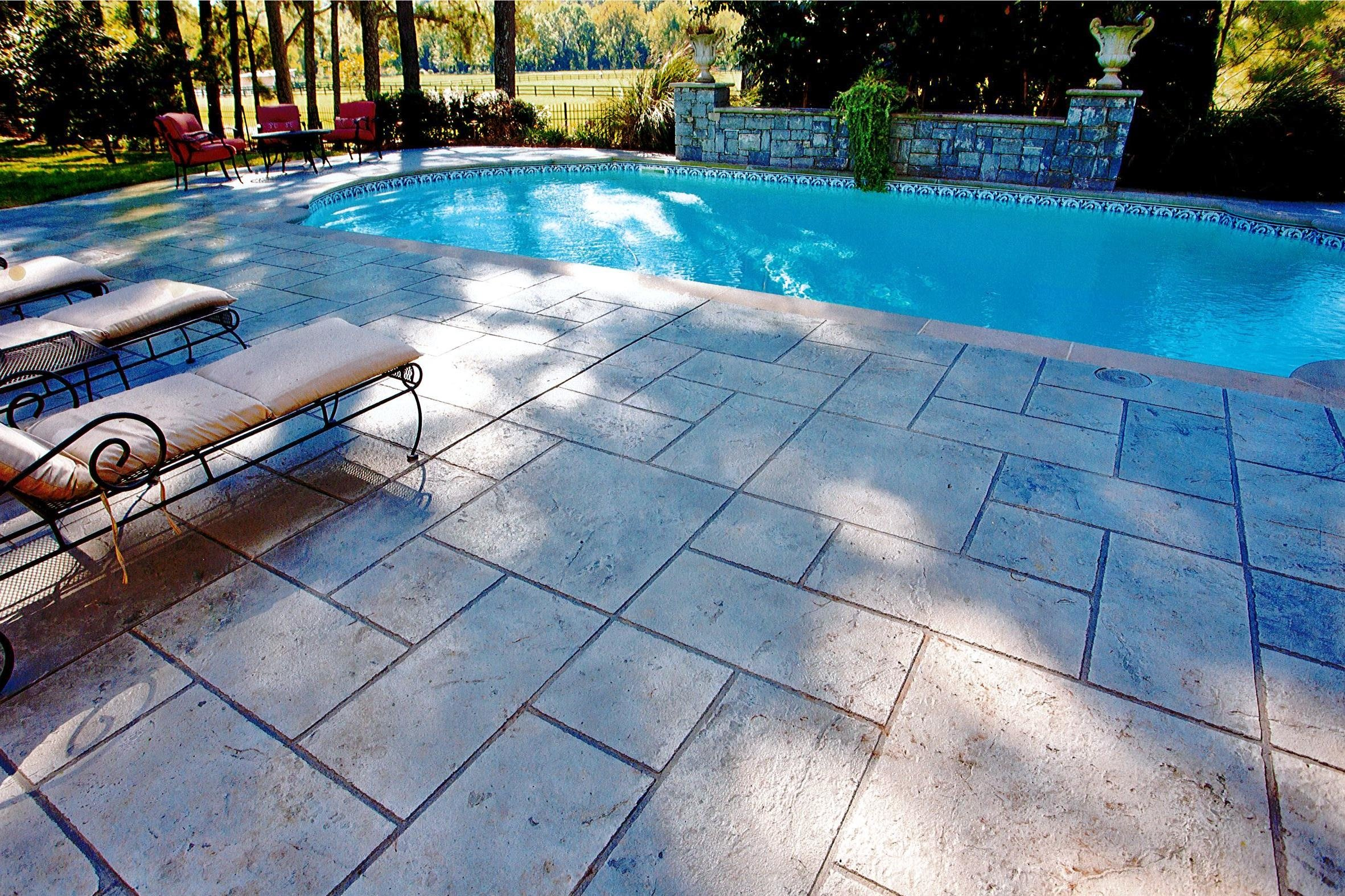 stamped-concrete-pool-deck