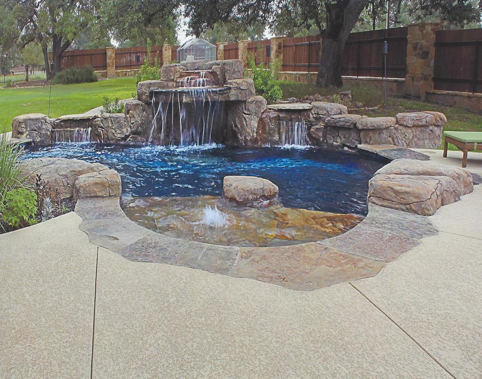 Pool Deck Surfaces Ideas on Stucco Exterior Home Designs